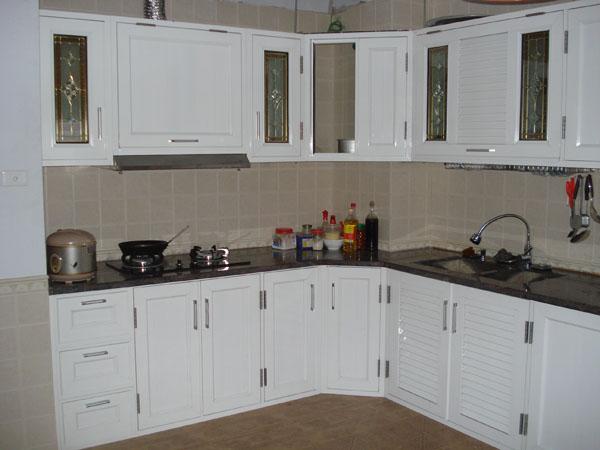 Tủ Bếp dùng khung nhôm kính Việt Pháp cao cấp